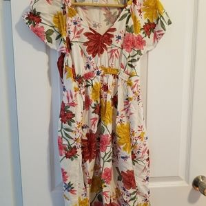 Old Navy floral maternity summer dress